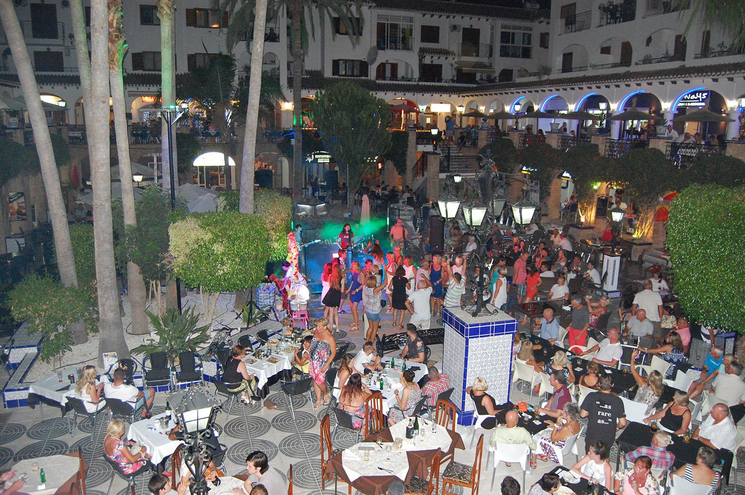 Villamartin Plaza Music Nights