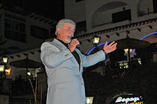 Jim McMail as Sir Tom Jones at Villamartin Plaza Orihuela Costa Blanca Spain 2016