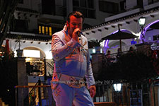 Nigel Burchill Elvis Villamartin Plaza Orihuela Costa Blanca Spain live outdoor concert music entertainment 2017