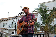 Rob Falsini robcoventgarden Villamartin Plaza Orihuela Costa Blanca Spain live outdoor concert music entertainment 2017
