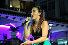 Rebecca Holt Villamartin Plaza Orihuela Costa Blanca Spain live outdoor concert music entertainment 2018