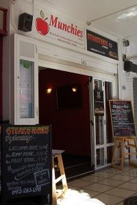 Munchies Cafe on the Villamartin Plaza