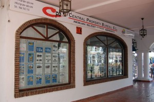 Central Property Bureau on Villamartin Plaza